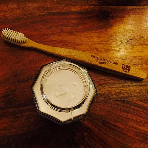 Recette de dentifrice zéro déchet